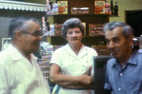 Harry & Evelyn Lewis with Lou Berry